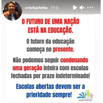 """Imagem da publicação que a Secretária de Educação, Cristina Barletta, fez ontem (21/03/2021) nas suas redes sociais: """"Não podemos seguir condenando uma geração inteira com escolas fechadas por prazo indeterminado! Escolas abertas devem ser a prioridade sempre!"""""""