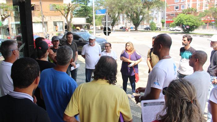 Servidores dialogaram com a população