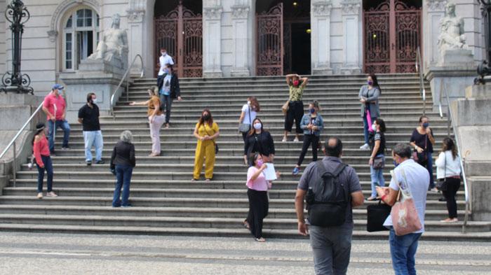 Foto: Professoras e Especialistas no Paço Municipal