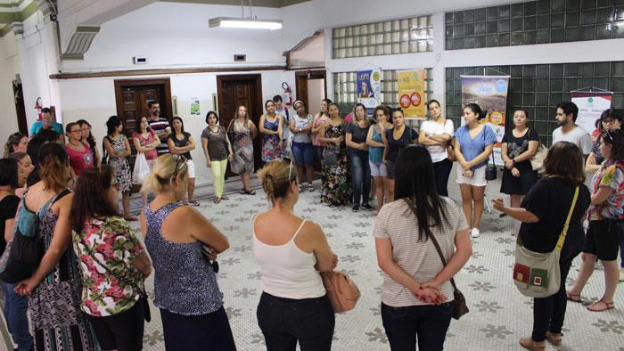 Professores se reuniram após o ato